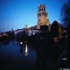 La Specola di notte - ph Danesin