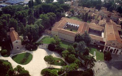 Veduta aerea del Compesso Eremitani - fonte: Gabinetto Fotografico del Museo