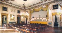 Sala Rossini del Caffè Pedrocchi 240