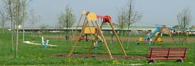 Parchi gioco parco area giochi bambini verde giostrine altalena 380 ant