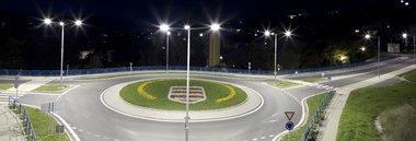 Illuminazione pubblica lampioni luci